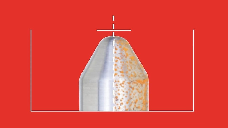 Corrosion is caused by moisture and other contaminants that can make their way into a vehicle's fuel tank. It can impact the fuel pump, fuel lines and fuel injectors. Furthermore, formation of particles from corrosive processes such as rusting of steel surfaces can contribute to the blockage of fuel filters, impacting overall vehicle operation. Shell V-Power® NiTRO+ is formulated with a unique agent to provide unbeatable protection against corrosion. The intake valve on the left is protected by Shell V-Power NiTRO+, the one on the right by a lower quality premium gasoline. Corrosion results using ASTM D7548/D665 using corrosive saltwater. Results depicted may not reflect what consumers will see in their vehicles under normal driving conditions.